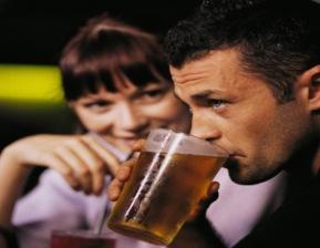 men-drinking-beer